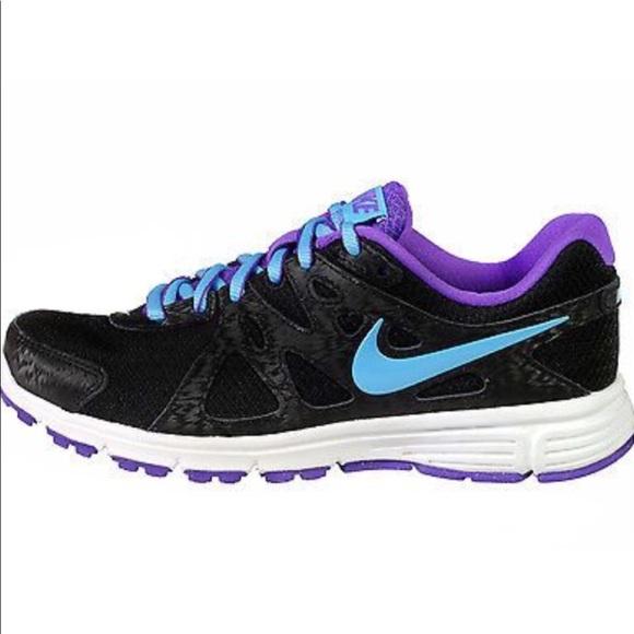 Nike Shoes | Nike Revolution 2 Running
